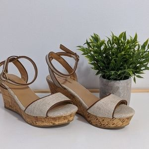 🌿SALE 3/$25🌿 $15 Summer sandals - Comfortable!